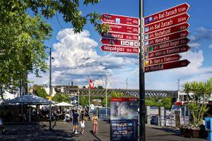 Die Schifflände am Rhein – das Tor zur Welt. Wie leicht es ist, eine Auswahl von Ausflugszielen zu finden?