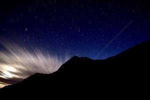 Das leichte Leben? Die ISS kreist in der Schwerelosigkeit - hier gesehen am Albulapass.