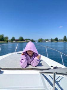 Auf dem Zürichsee mit Lian 6 Jahre alt.