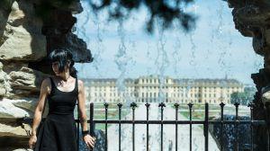 Sonne Wind Wasser Energie. Es gibt so viele wunderbare Orte auf der Welt. Mein Lieblingsort 2020 befindet sich in Wien. Das Schloss Schönbrunn übt einen ganz besonderen Zauber auf mich aus. Das grosse Schloss ist sehr beeindruckend und der riesige Garten ist unglaublich schön. Die herrliche Aussicht beim Neptunbrunnen ist zauberhaft und der kleine Wasserfall erfrischt sehr schön. Einfach ein toller Ort zum entspannen.