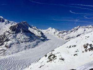 Dieses Foto ist mir sensationell gelungen! Es passt hervorragend zum Thema ein besonderer Winter, weil der Aletschgletscher auch etwas ganz besonderes und spezielles ist! Ich habe das Foto auf dem Eggishorn, anlässlich meines Skitages auf der Bettmeralp, geschossen!
