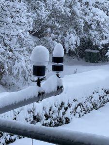 15. Januar 2021 in Schaffhausen: Wind– und Regenmesser: Wie sollen wir bei diesem Schnee noch arbeiten?